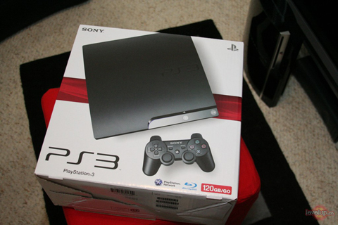 【PS3】超薄版PS3实机开箱图片放出